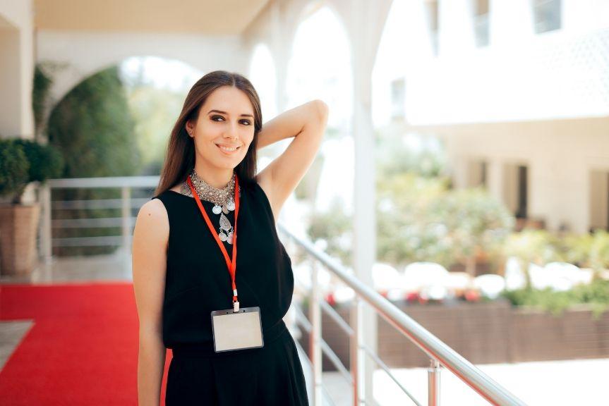 Hôtesse d'accueil : des qualités de présentation indispensables